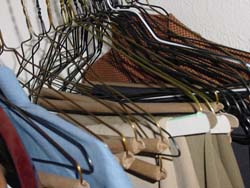 How to De-Clutter your wardrobe