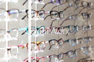 Find the right style glasses to suit your face?